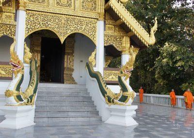 Temple et moines Thaïlande