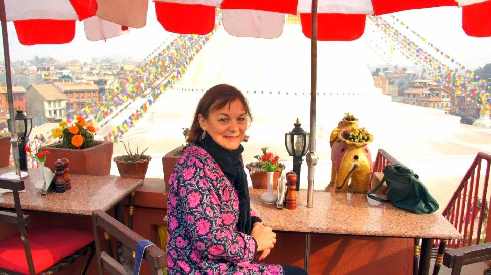 Terrasse café face stupa Kathmandou Nepal