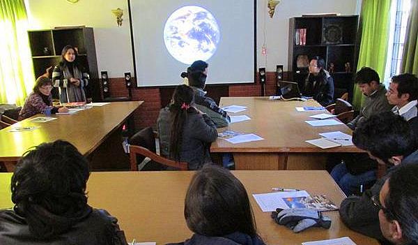 Training avec étudiants WCN Congé solidaire avec Planète Urgence Nepal