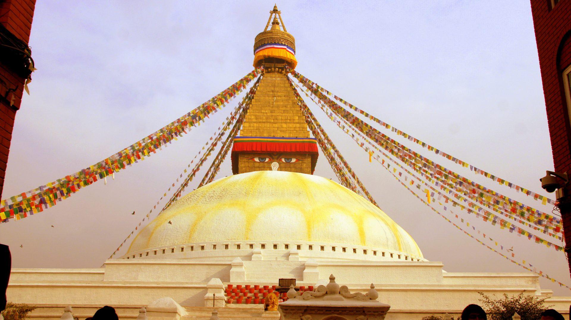 Yeux de Bouddha stupa Bodnath Kathmandou Nepal