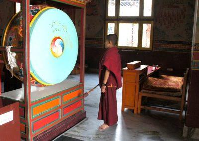 Jeune moine monastère tibétain Népal