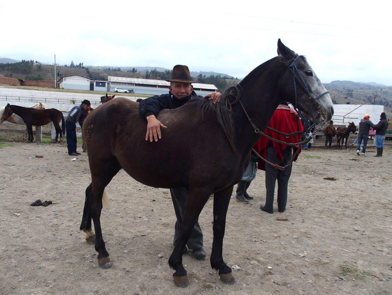 Eleveur de cheval marché de Guamote Equateur