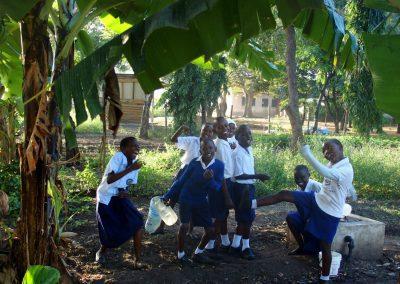 Enfants école Tanzanie