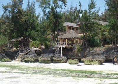 Season's lodge vu de la plage Pongwe - Zanzibar