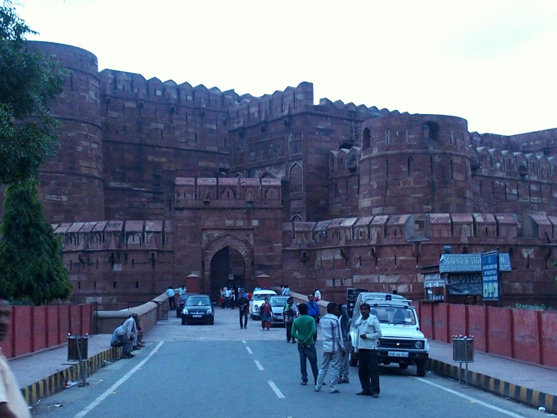 Entrée du Fort rouge d'Agra Inde