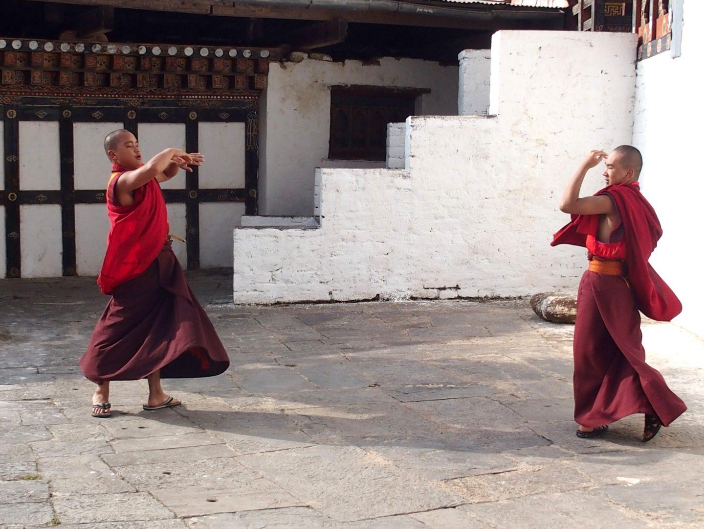 Moines répétitions danse Trongsa Bhoutan
