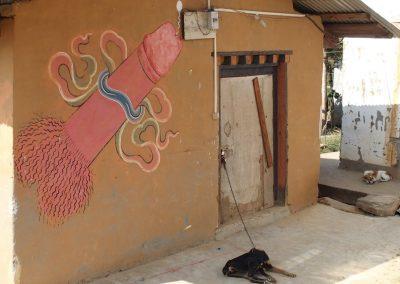 Peinture phallique sur maison Bhoutan