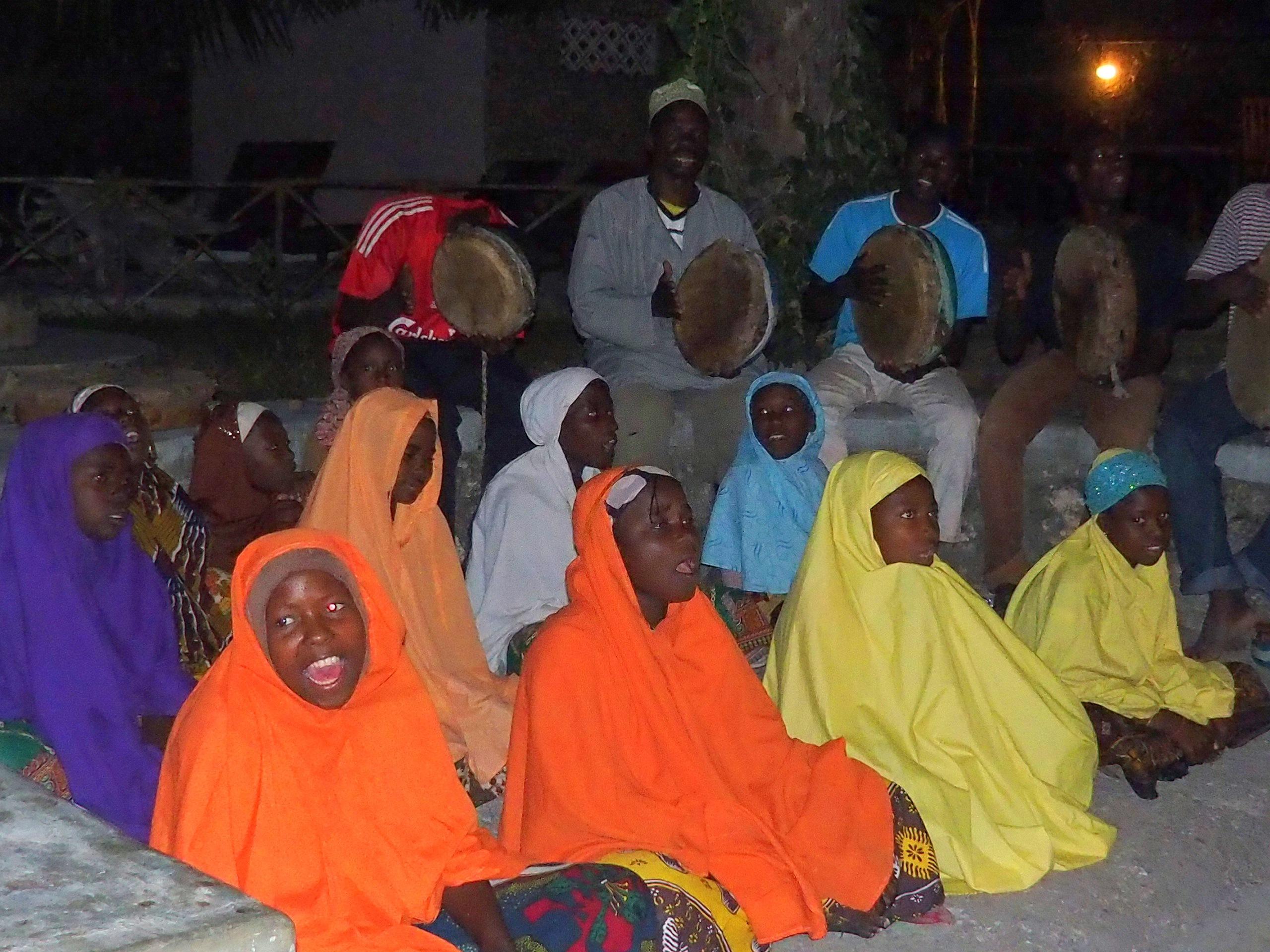 Jeunes chanteuses ile Ibo Mozambique