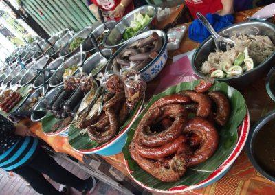 Buffet charcuterie marché Laos