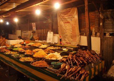 Etal sur le marché Laos