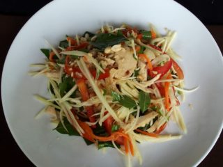 Recette de la salade de mangues vertes – Cambodge