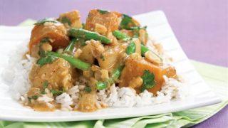 Curry Massaman de pommes de terre (Thaïlande)