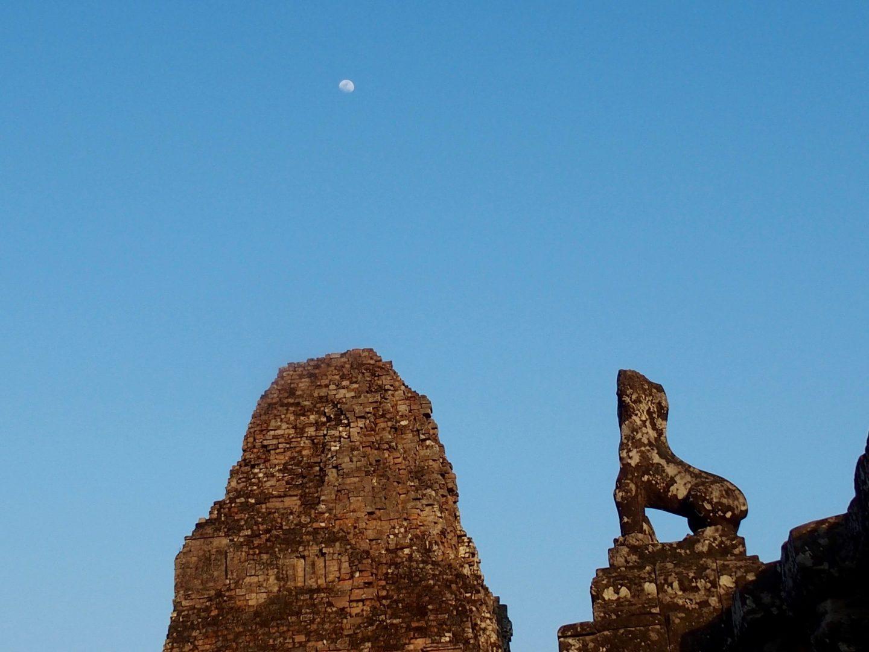 Début de soirée temples d'Angkor Cambodge