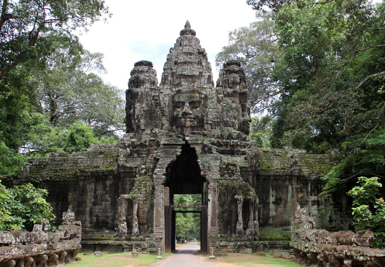 Entrée Temple Bayon Angkor Cambodge