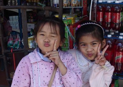 Fillettes malicieuses Laos