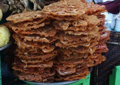 Galettes de crevettes en Birmanie