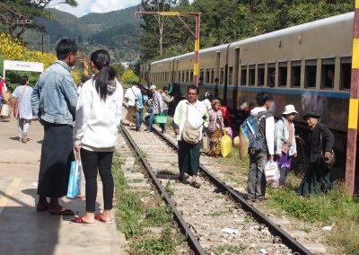 Gare de Mandalay Birmanie