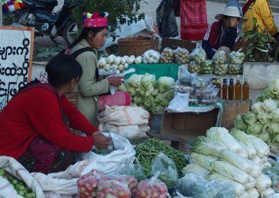 Légumes sur marché local Birmanie