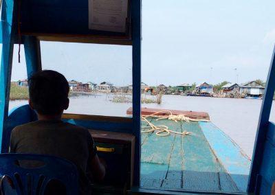 Navigation sur le lac tonle Sap Cambodge