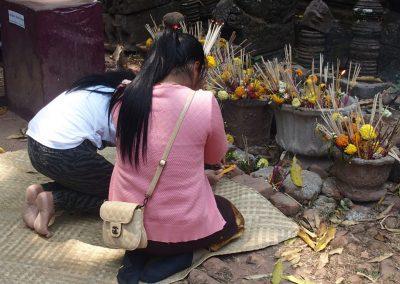 Offrandes et prières Laos