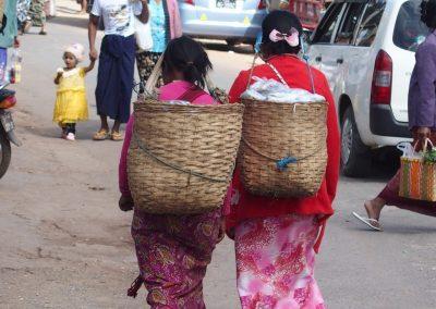 Retour de marché Birmanie
