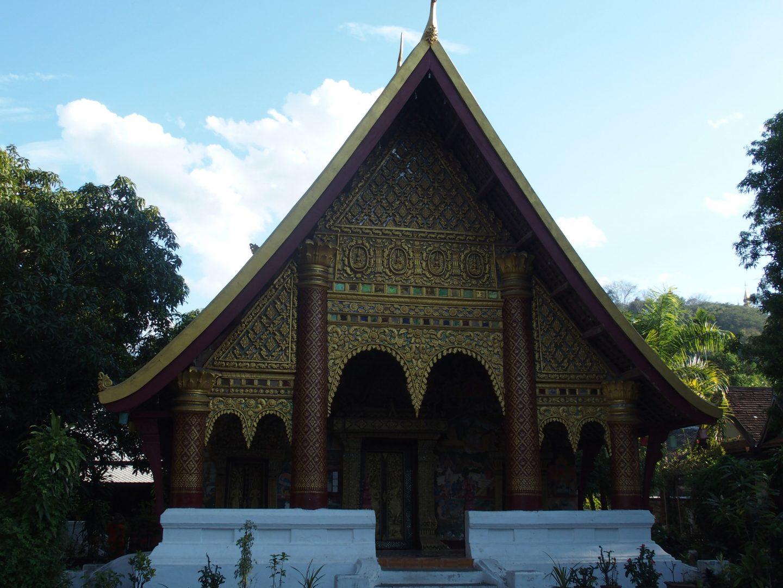 Temple dans forêt Laos