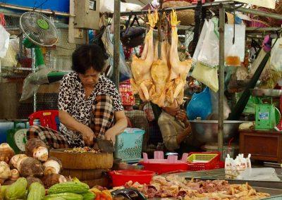 Volailles au marché Cambodge
