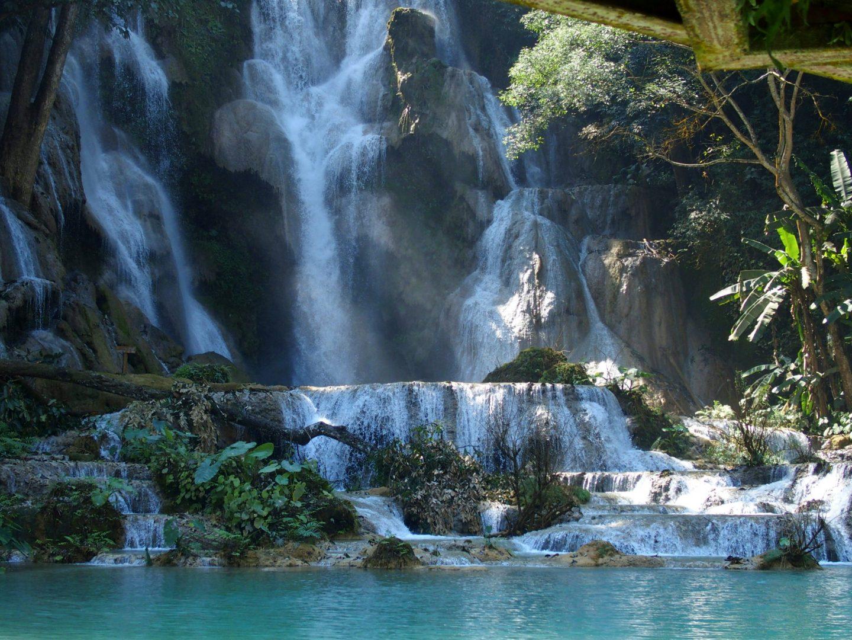 Magnifiques cascades Kuang Si Luang Prabang Laos