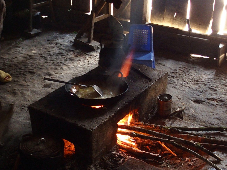 Poele à bois pour cuisiner Ta Phin Vietnam