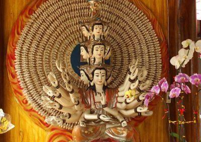 Statue hindoue pagode Hué Vietnam