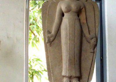 Statue femme art cham Danang Vietnam