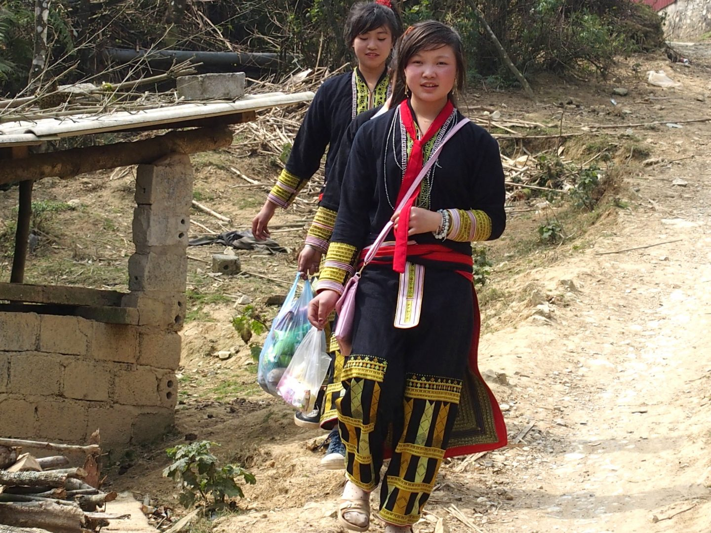Xi Ton, jeune future mariée ethnie Dao Ta Phin Vietnam