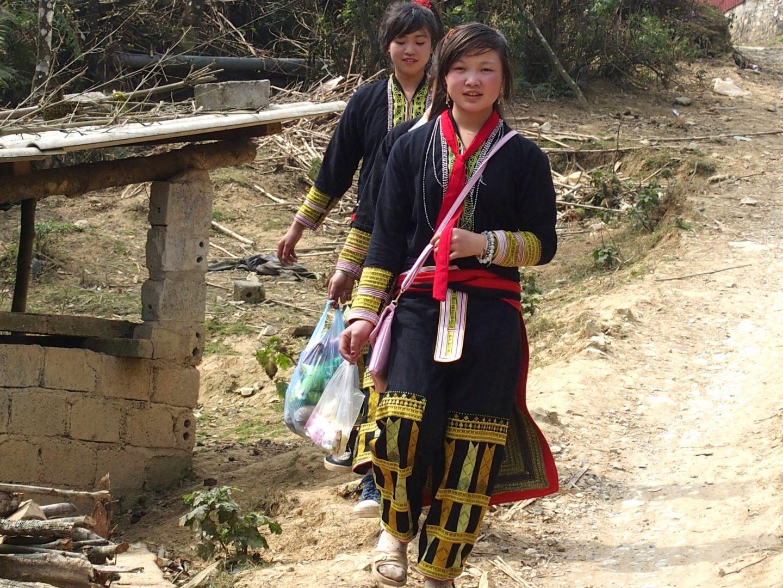 Xi Ton, jeune future mariée Ta Phin Vietnam