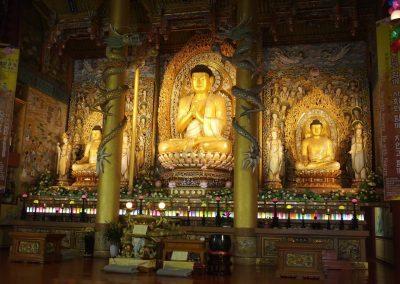 Bouddhas Temple Yakchunsa Jeju Corée du sud
