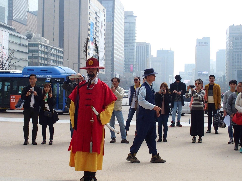 Garde entrée du Palais royal Seoul Corée du sud