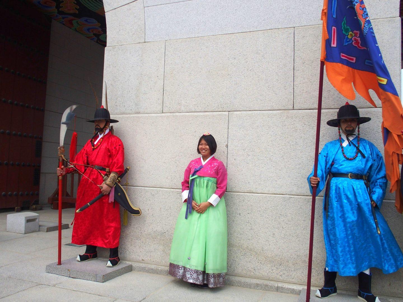 Photos entre deux gardes Seoul Corée du sud
