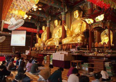 Prières temple Corée du sud