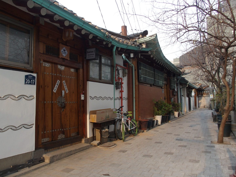 Ruelle traditionnelle hanoks Seoul Corée du sud