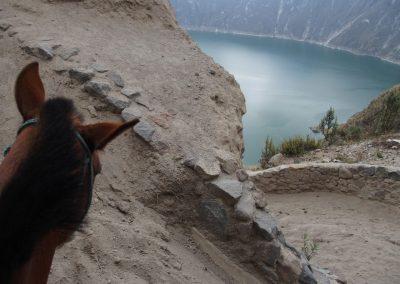 Remontée du cratère du Quilotoa à cheval