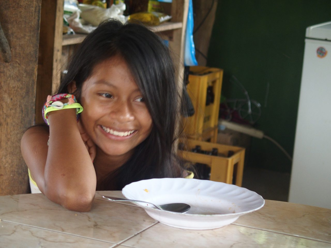 Jeune fille Sasha lodge Amazonie Equateur