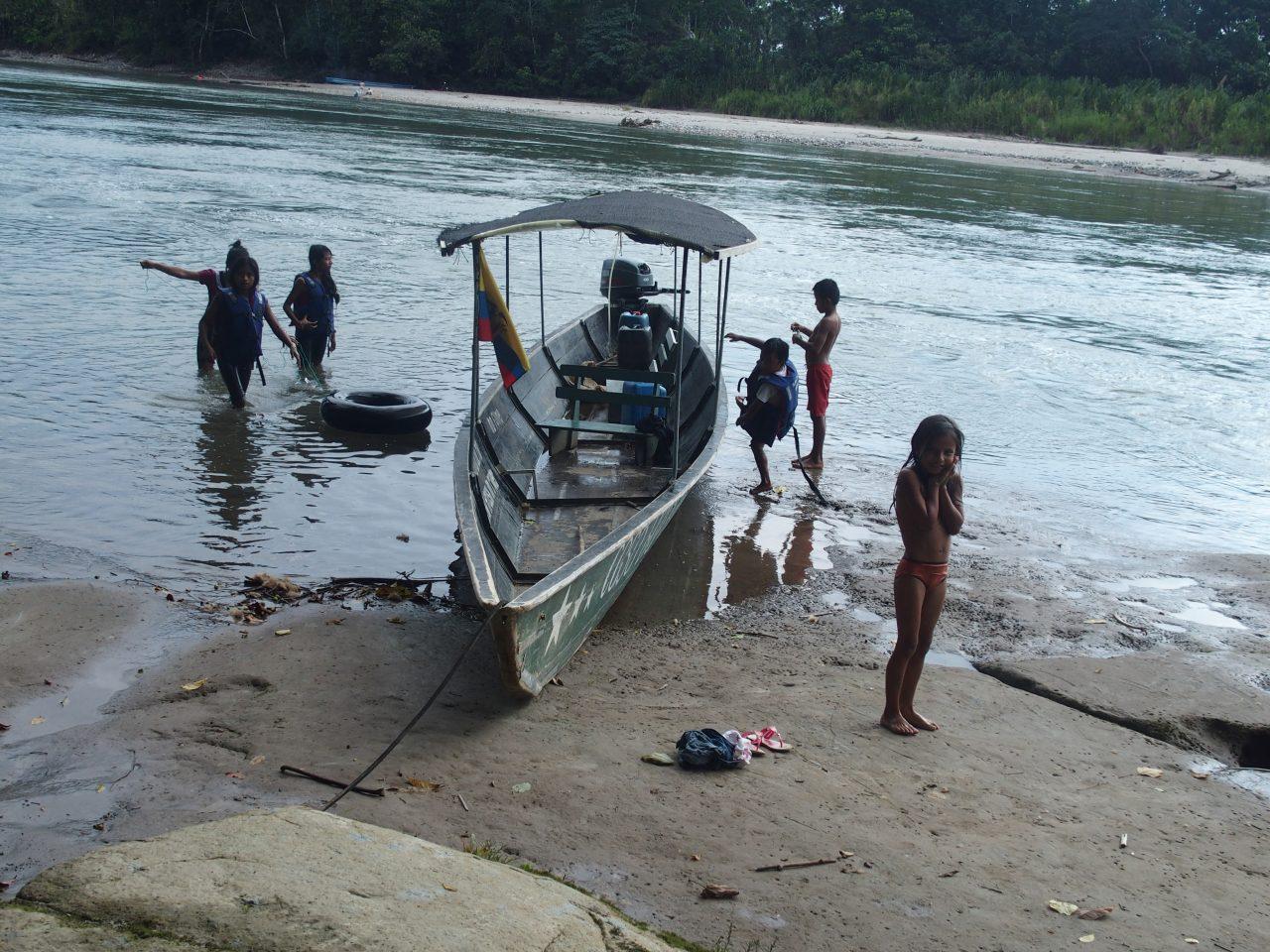 Retour de baignade dans le Napo en Amazonie équatorienne
