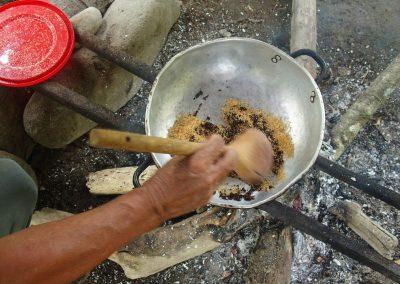 Ajout de sucre au cacao
