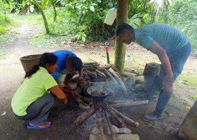 Cuisson du chocolat sur le feu