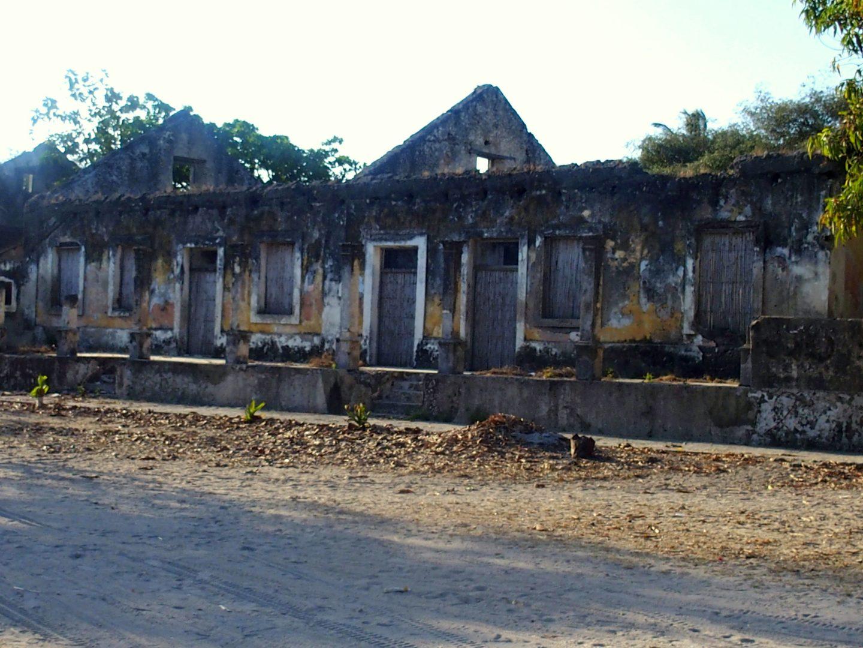 Rue ensablée île d'Ibo Mozambique