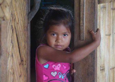 Fillette Quechua Amazonie Carnet de voyage en Equateur