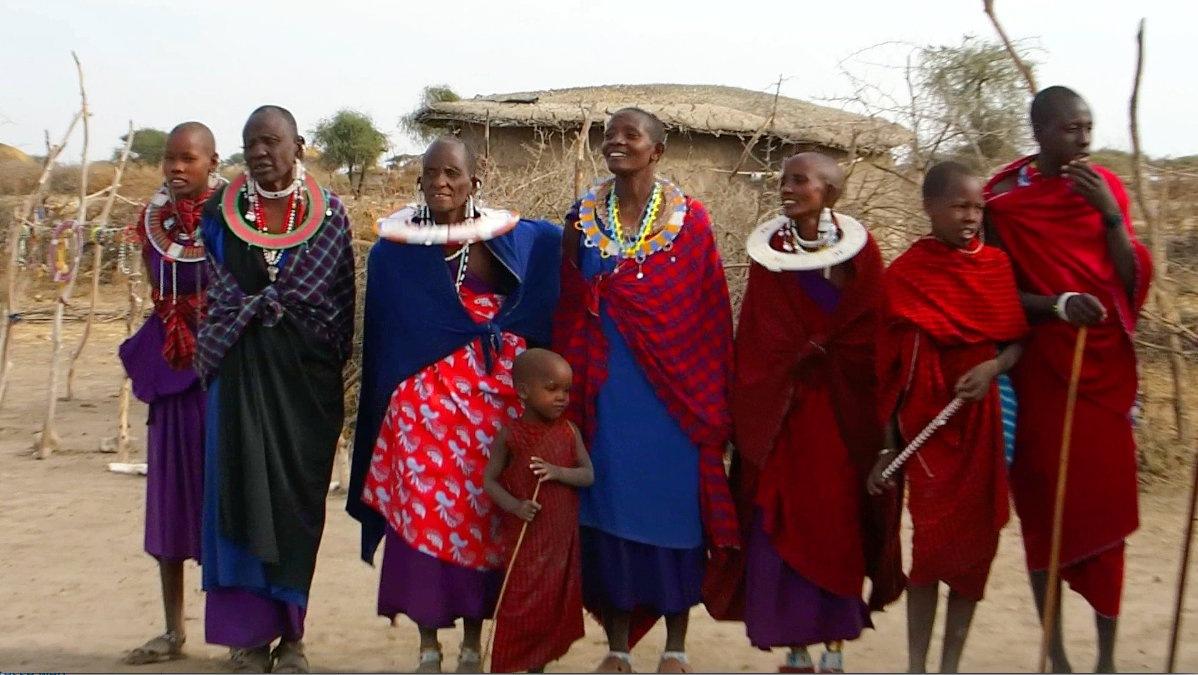 Groupe femmes massaï Tanzanie
