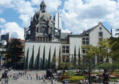 Place de la cathédrale Medellin Colombie