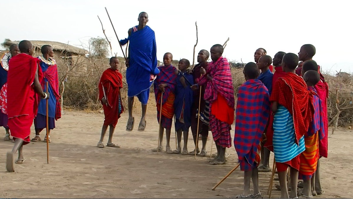 Saut danseur Massaï Tanzanie
