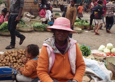 Sourire sur le marché Madagascar