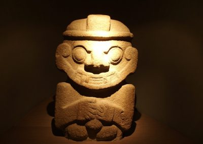 Statue pré-colombienne Bogota Colombie